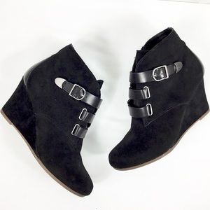 Dolce Vita Black Buckle Suede Wedge Ankle Boot
